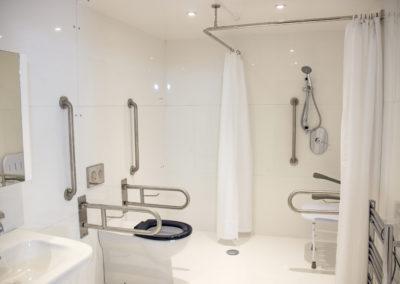 Large Bathroom-InteriorV2_4246